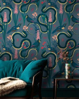 Eve Royal Wallpaper