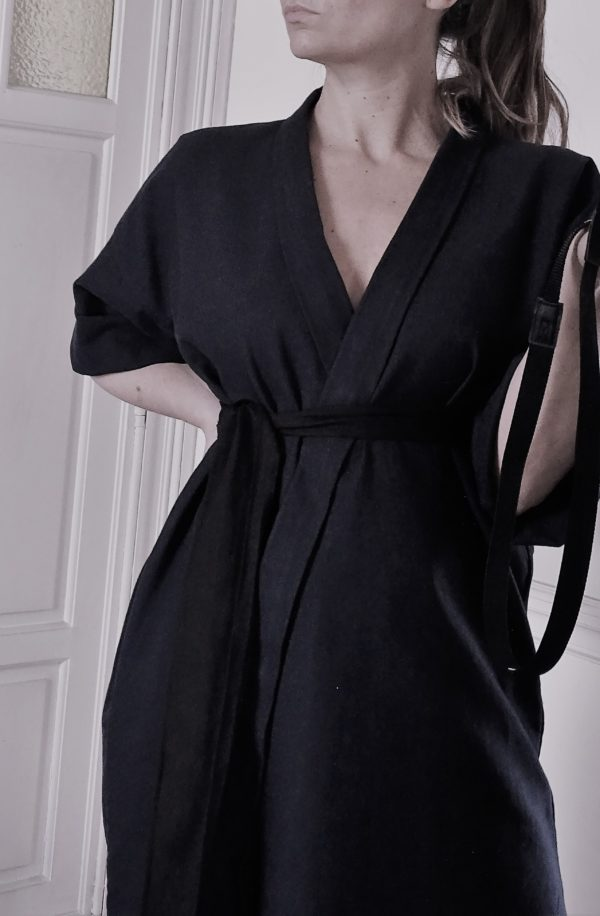0001 Dress Kimo_Cotton Twill_black-1